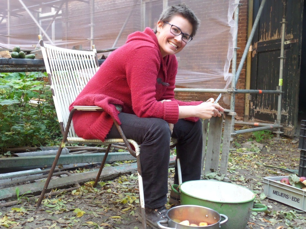 Fenne, boerin op Kasteeltuinderij Huis Sevenaer